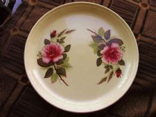 VINTAGE HORNSEA DEEP PLATE PIE DISH TRAY PLATTER PINK ROSES CREAM BACKGROUND 10""